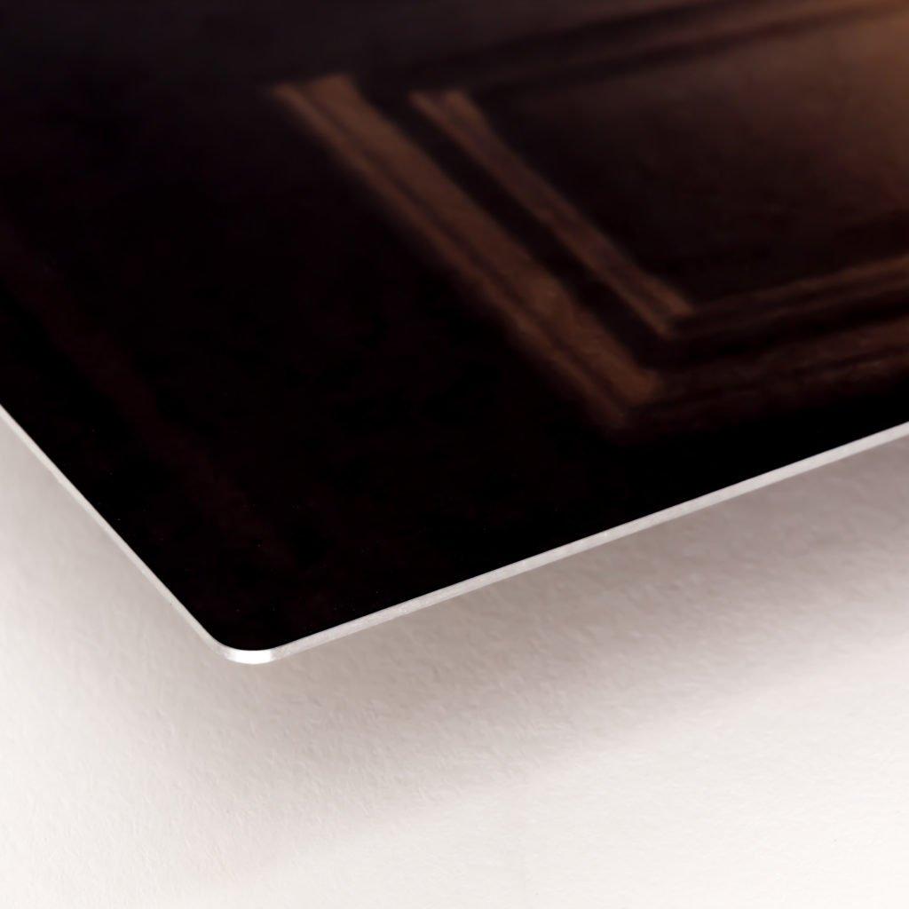 edge of aluminum metal print